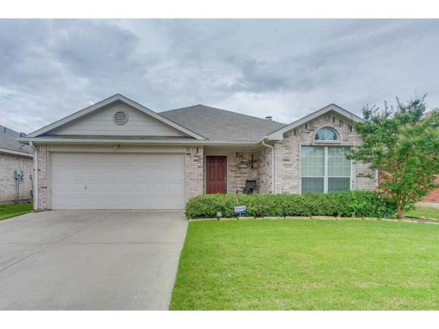 1019 Caliente Drive, Grand Prairie, TX 75051 (MLS #14245923) :: RE/MAX Pinnacle Group REALTORS