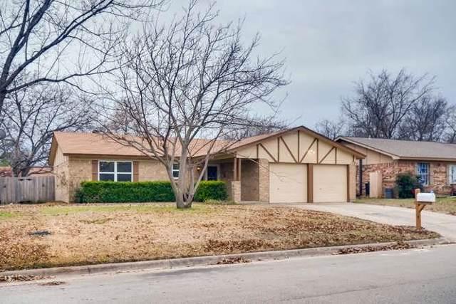 5636 Twin Oaks Drive, Haltom City, TX 76148 (MLS #14246320) :: Tenesha Lusk Realty Group