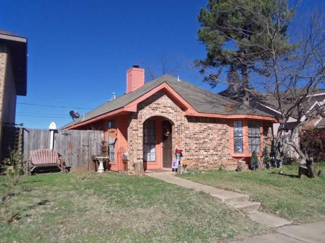10611 Hamlin, Dallas, TX 75217 (MLS #14250338) :: Frankie Arthur Real Estate