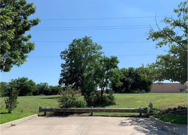 3248 Indio Street, Fort Worth, TX 76133 (MLS #14251714) :: The Hornburg Real Estate Group