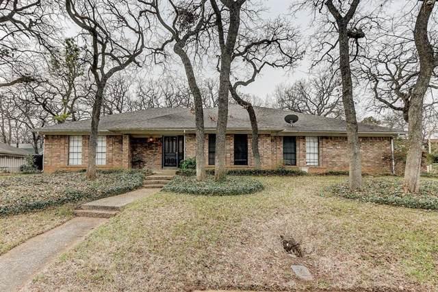 521 Stonehenge Drive, Hurst, TX 76054 (MLS #14252322) :: The Chad Smith Team