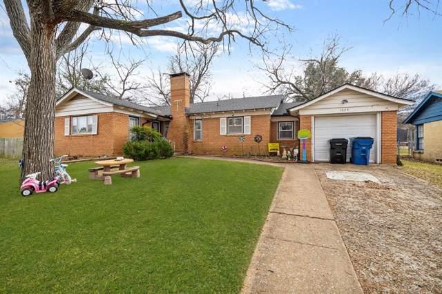 1024 W Johnson Street, Denison, TX 75020 (MLS #14252650) :: Caine Premier Properties