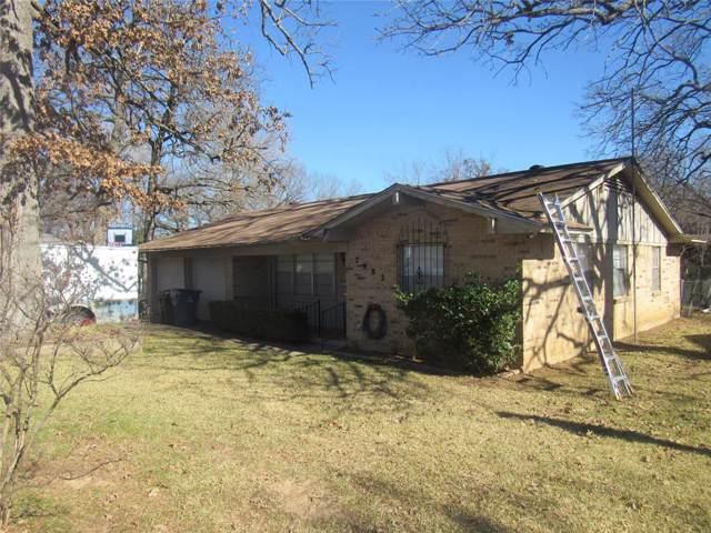 2902 W Day Street, Denison, TX 75020 (MLS #14253422) :: The Kimberly Davis Group
