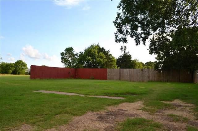 1463 Park Circle Drive, Lancaster, TX 75134 (MLS #14253869) :: Baldree Home Team