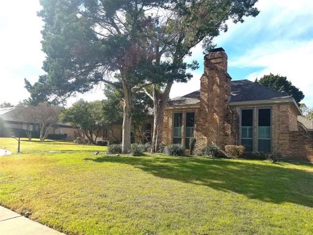 10409 Sunshine Circle, Dallas, TX 75238 (MLS #14254636) :: RE/MAX Landmark