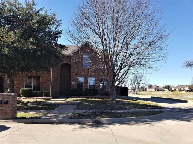 5431 Avery Lane, Grand Prairie, TX 75052 (MLS #14254657) :: RE/MAX Pinnacle Group REALTORS