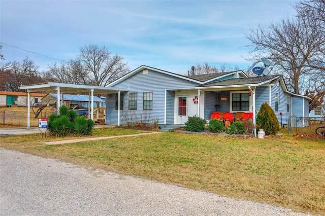 33 Park Lane, Gainesville, TX 76240 (MLS #14254702) :: NewHomePrograms.com LLC