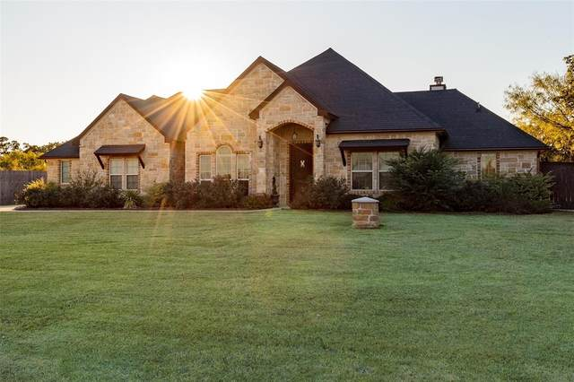 118 Oakwood Creek Lane, Weatherford, TX 76088 (MLS #14254958) :: The Kimberly Davis Group