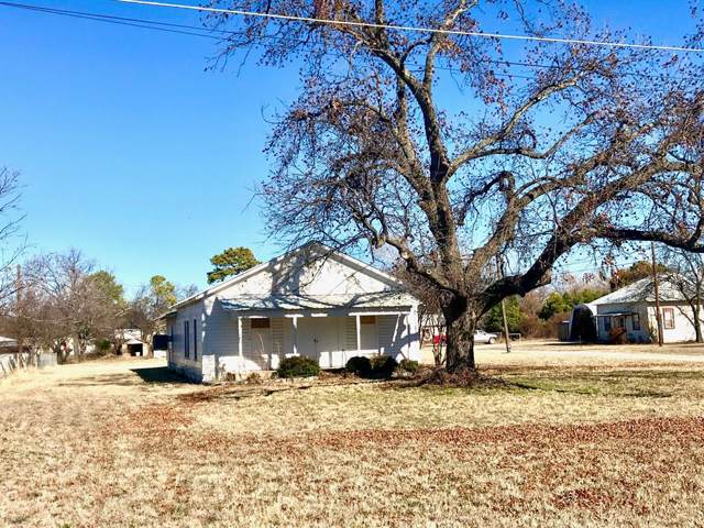 633 SE 3rd Street, Cross Plains, TX 76443 (MLS #14256268) :: The Tonya Harbin Team