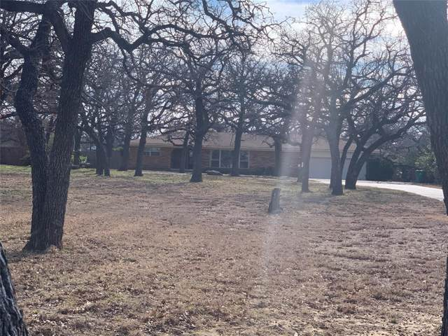 1435 N Main Street, Jacksboro, TX 76458 (MLS #14256428) :: The Kimberly Davis Group