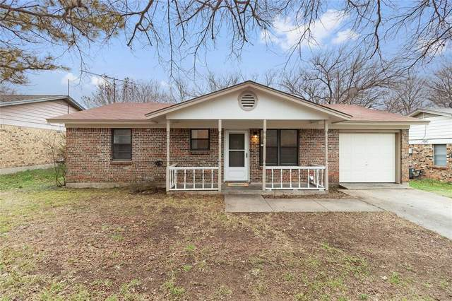 1417 Roberts Avenue, Cleburne, TX 76033 (MLS #14256711) :: The Chad Smith Team
