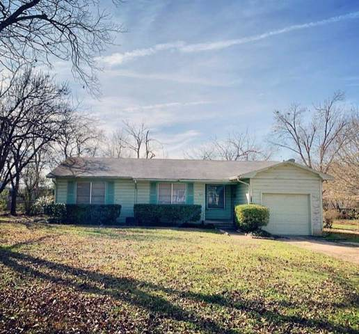 803 Circle Drive, Terrell, TX 75160 (MLS #14256747) :: The Mauelshagen Group
