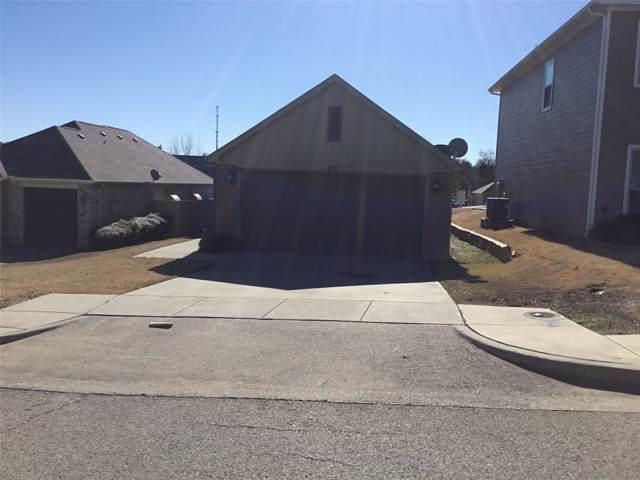 413 W Anderson Street, Weatherford, TX 76086 (MLS #14256807) :: Team Tiller