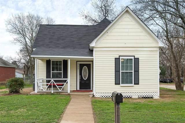 217 Monroe Street, Cleburne, TX 76033 (MLS #14257348) :: Robbins Real Estate Group