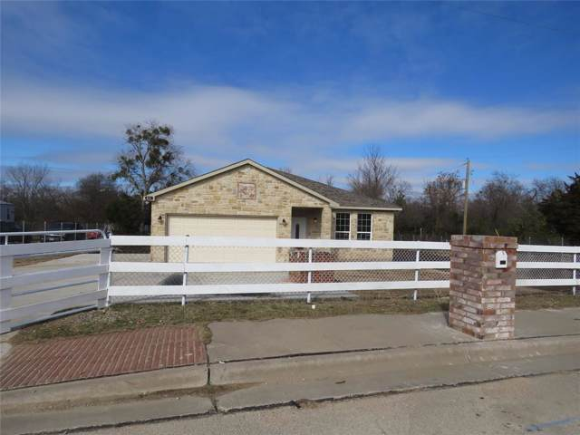 831 Fuller Avenue, Cleburne, TX 76031 (MLS #14257802) :: The Tierny Jordan Network