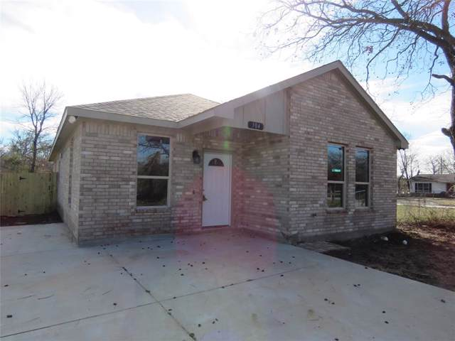 304 Peacock Street, Cleburne, TX 76031 (MLS #14257972) :: Robbins Real Estate Group