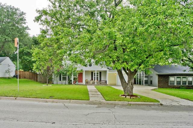 2812 Westridge Avenue, Fort Worth, TX 76116 (MLS #14258028) :: The Kimberly Davis Group