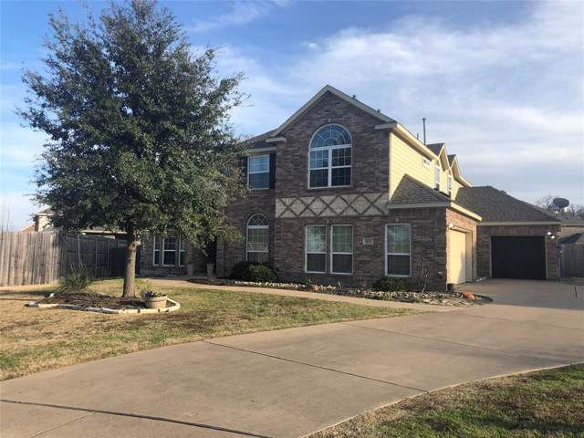 925 Roanoke Court, Kennedale, TX 76060 (MLS #14258139) :: The Hornburg Real Estate Group