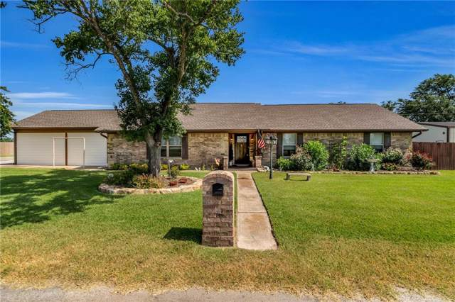 450 Washington Street, Van, TX 75790 (MLS #14258209) :: NewHomePrograms.com LLC