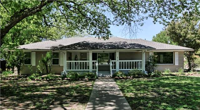 215 Overhill Drive, Waxahachie, TX 75165 (MLS #14258241) :: Vibrant Real Estate