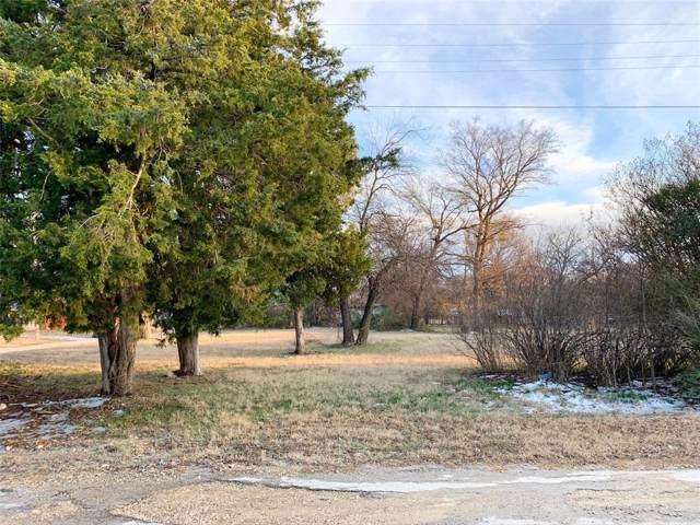 309 N Singletary Street, Saint Jo, TX 76265 (MLS #14258365) :: Potts Realty Group