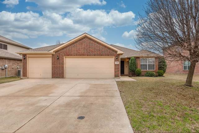 1640 Dream Catcher Way, Krum, TX 76249 (MLS #14259140) :: Trinity Premier Properties