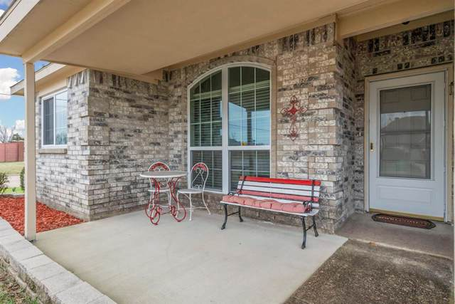 1404 London Drive, Wylie, TX 75098 (MLS #14260309) :: RE/MAX Town & Country