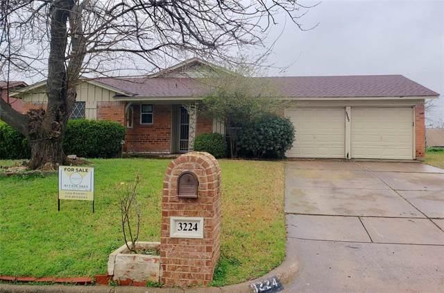 3224 Centennial Road, Forest Hill, TX 76119 (MLS #14260329) :: The Welch Team