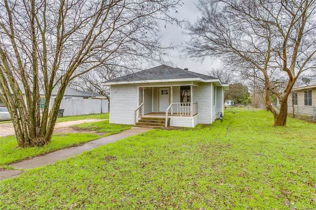 215 Poindexter Avenue, Cleburne, TX 76033 (MLS #14260347) :: All Cities Realty