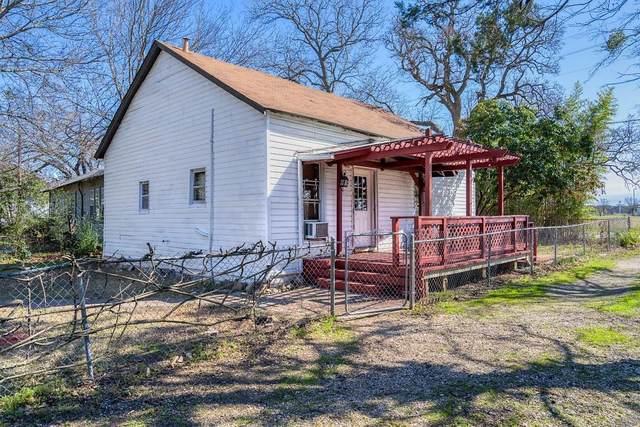903 E 2nd Street, Cleburne, TX 76031 (MLS #14260380) :: Team Tiller