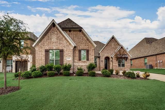 678 York Drive, Rockwall, TX 75087 (MLS #14260950) :: Maegan Brest   Keller Williams Realty