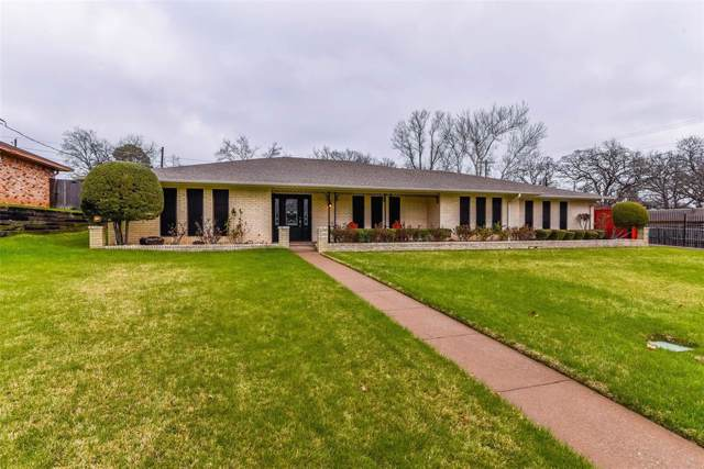 2613 Brookhaven Drive, Denison, TX 75020 (MLS #14261110) :: The Kimberly Davis Group