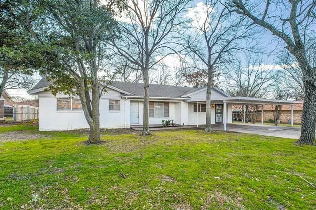 8117 Chapin Road, Benbrook, TX 76116 (MLS #14261336) :: Tenesha Lusk Realty Group