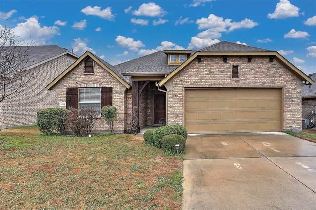 1527 San Carlos Drive, Van Alstyne, TX 75495 (MLS #14261461) :: Team Tiller