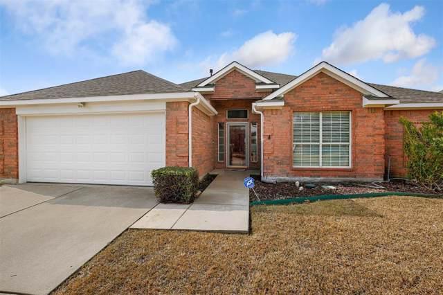 905 Virginia Lane, Saginaw, TX 76179 (MLS #14261566) :: Team Hodnett