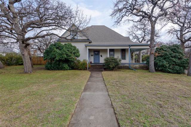 1710 Bolivar Street, Denton, TX 76201 (MLS #14261571) :: The Mauelshagen Group
