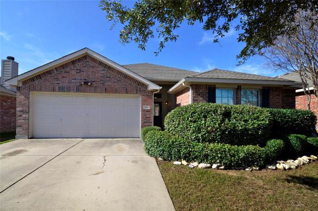 516 Lead Creek Drive, Fort Worth, TX 76131 (MLS #14263030) :: The Mitchell Group