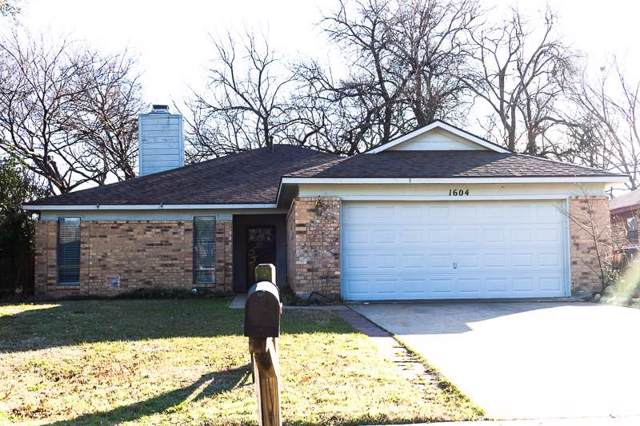 1604 Lilac Lane, Plano, TX 75074 (MLS #14263061) :: North Texas Team | RE/MAX Lifestyle Property