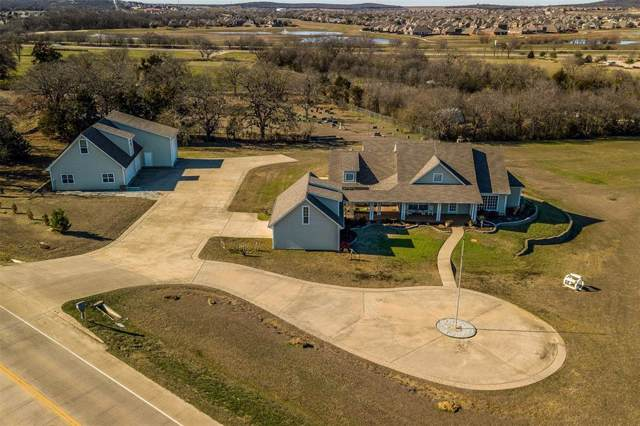 501 Country Club Road, Argyle, TX 76226 (MLS #14263243) :: Justin Bassett Realty