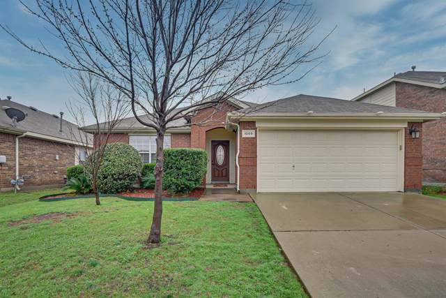 1059 Wood Brook Drive, Grand Prairie, TX 75052 (MLS #14263257) :: The Heyl Group at Keller Williams