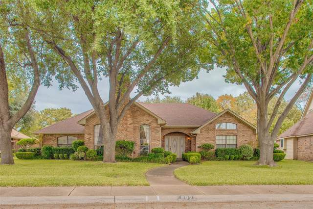 602 Wisterglen Drive, Desoto, TX 75115 (MLS #14263326) :: All Cities Realty