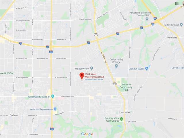 1601 W Wintergreen Road, Lancaster, TX 75134 (MLS #14263447) :: NewHomePrograms.com LLC