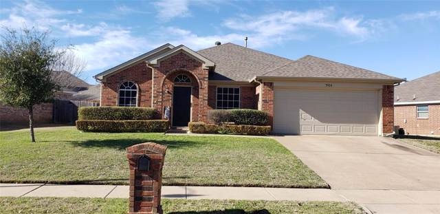 7924 Copper Canyon Drive, Arlington, TX 76002 (MLS #14264037) :: The Real Estate Station