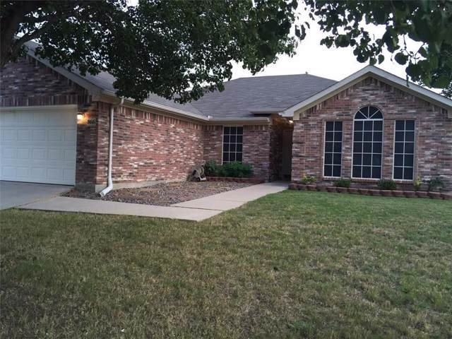 866 W Lynn Creek Drive, Arlington, TX 76001 (MLS #14264107) :: The Hornburg Real Estate Group