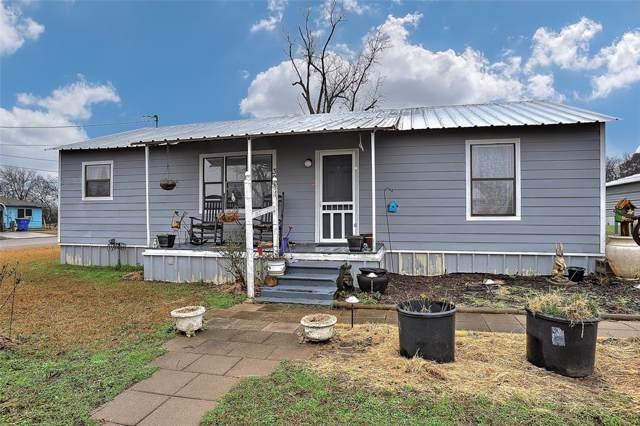 306 Anderson Street, Whitesboro, TX 76273 (MLS #14264191) :: Real Estate By Design