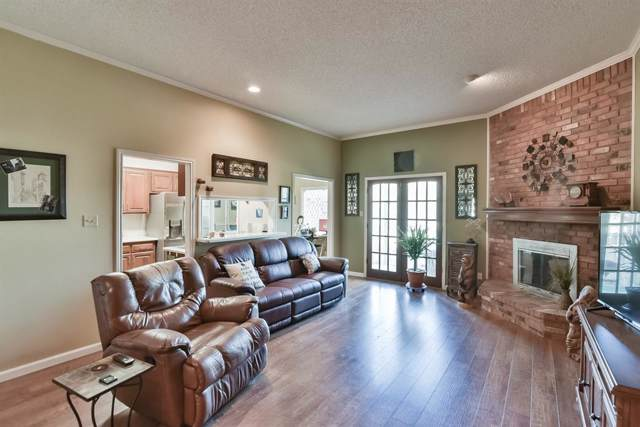 5859 Lake Point Drive, Arlington, TX 76016 (MLS #14264293) :: The Chad Smith Team