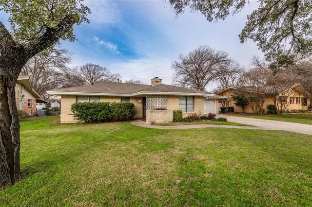 1302 Sproles Drive, Benbrook, TX 76126 (MLS #14264461) :: The Chad Smith Team