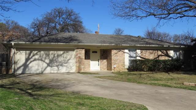 7705 Briarcliff Court, North Richland Hills, TX 76182 (MLS #14264501) :: Maegan Brest | Keller Williams Realty