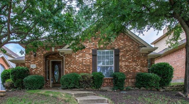 2070 Garden Crest Drive, Rockwall, TX 75087 (MLS #14264515) :: The Heyl Group at Keller Williams