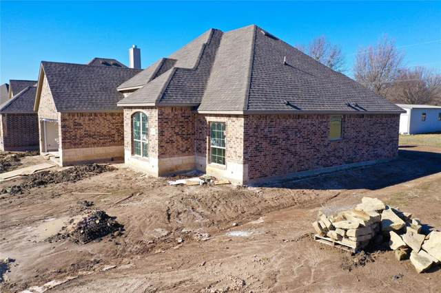 153 Windy Glen Drive, Decatur, TX 76234 (MLS #14264925) :: Tenesha Lusk Realty Group